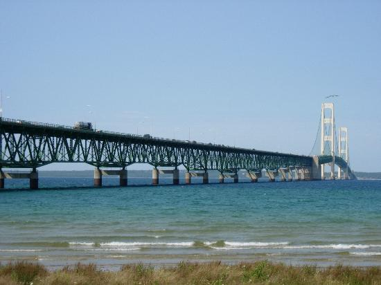 Бригада в Mackinaw City, Michigan